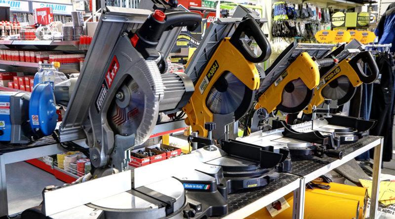 Macchine utensili e attrezzature